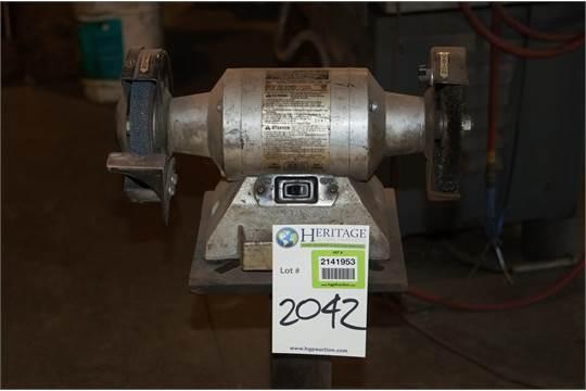 Miraculous Skil 3396 Bench Grinder 6 120 Volts 60 Hz 3 2 Amp Hit Ibusinesslaw Wood Chair Design Ideas Ibusinesslaworg