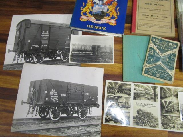 Lot 18 - A collection of railway books, train spotter books and photographs