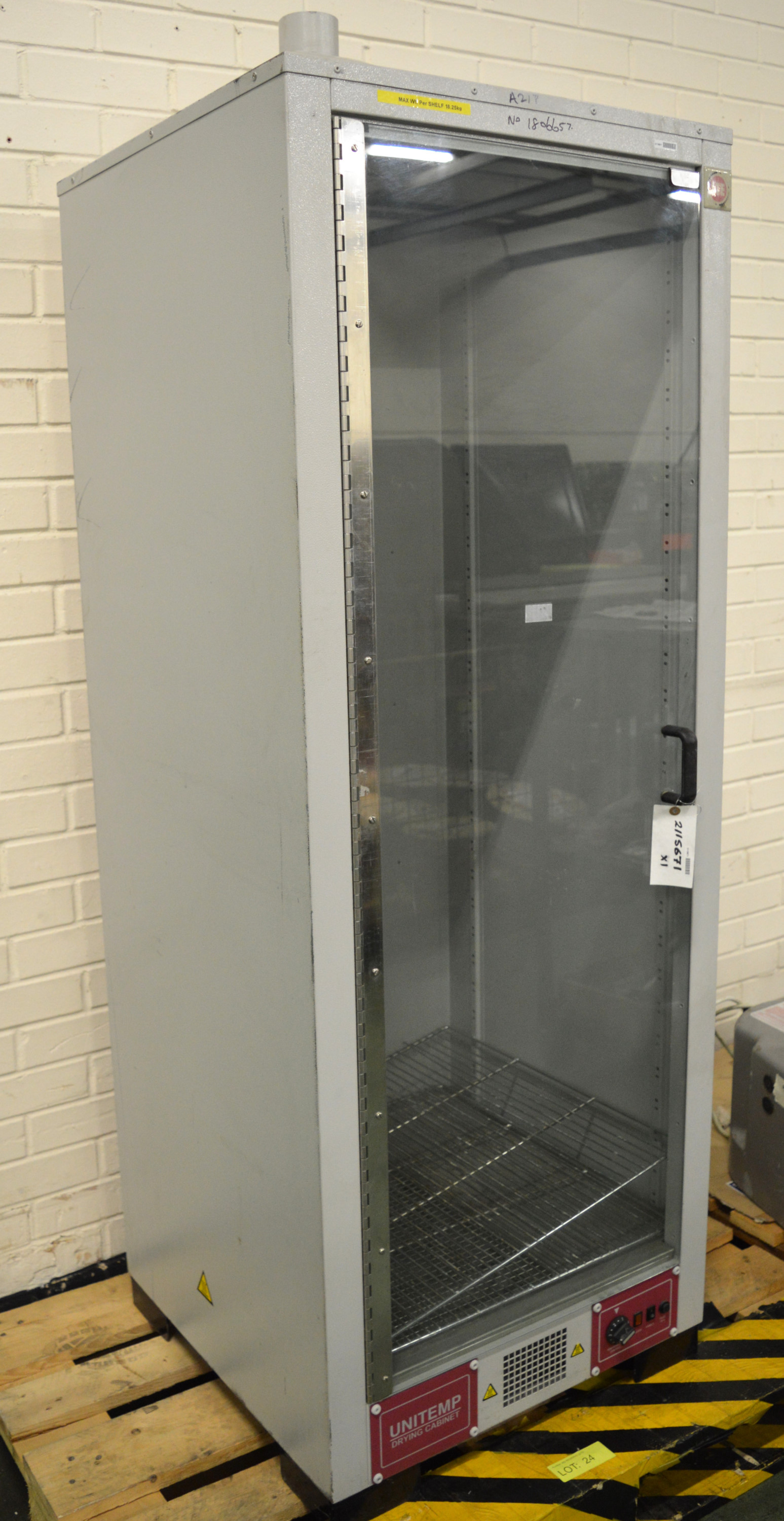 Lot 24 - LTE Unitemp Drying Cabinet 640 wide x 620 deep x 1900mm high.