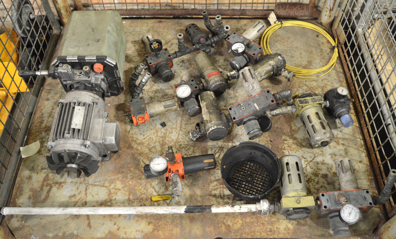 Lot 41 - Hydraulic Pump, Airline Pressure Filters & Regulators.
