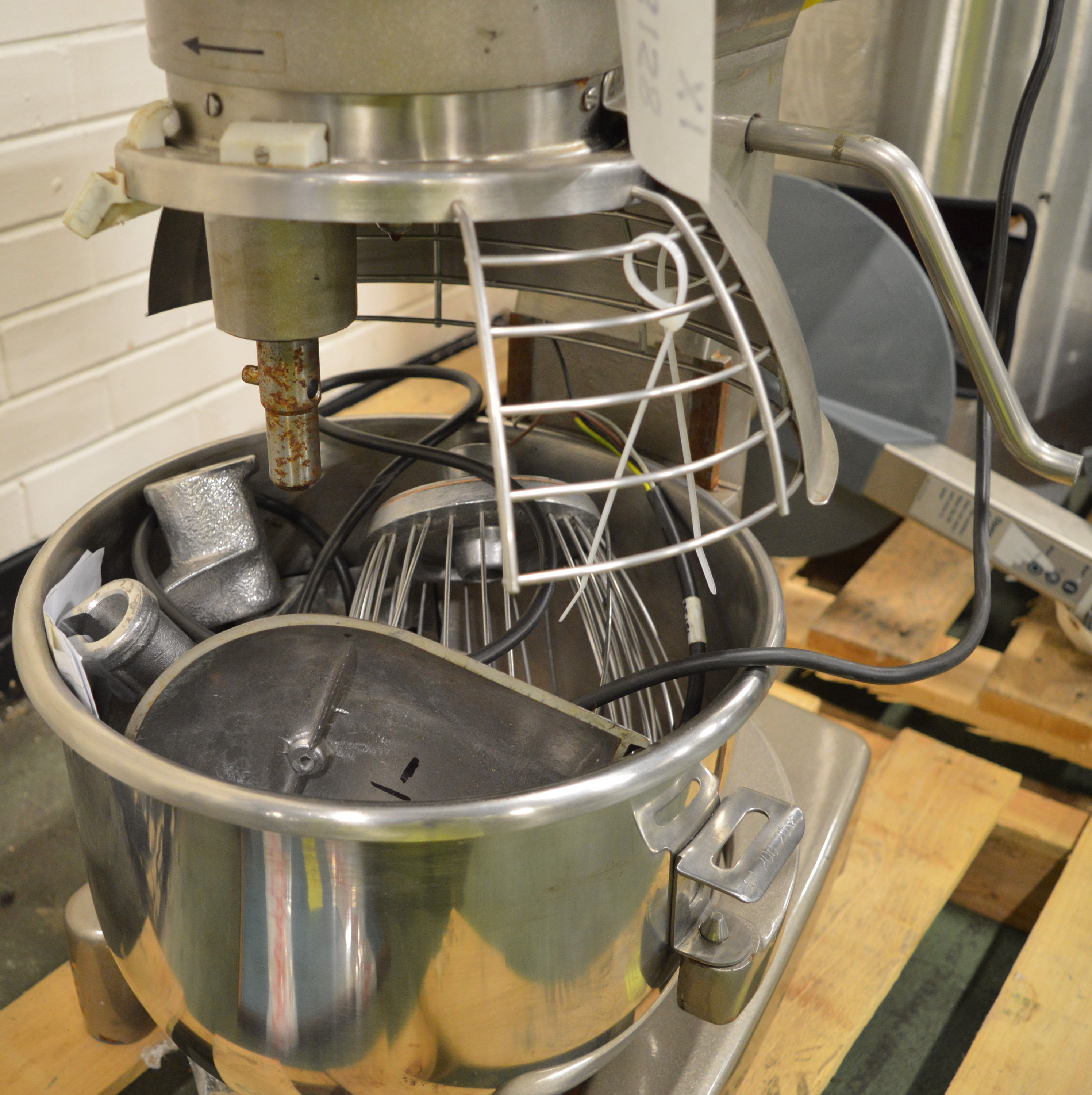 Lot 19 - Hobart A200 Food Mixer.