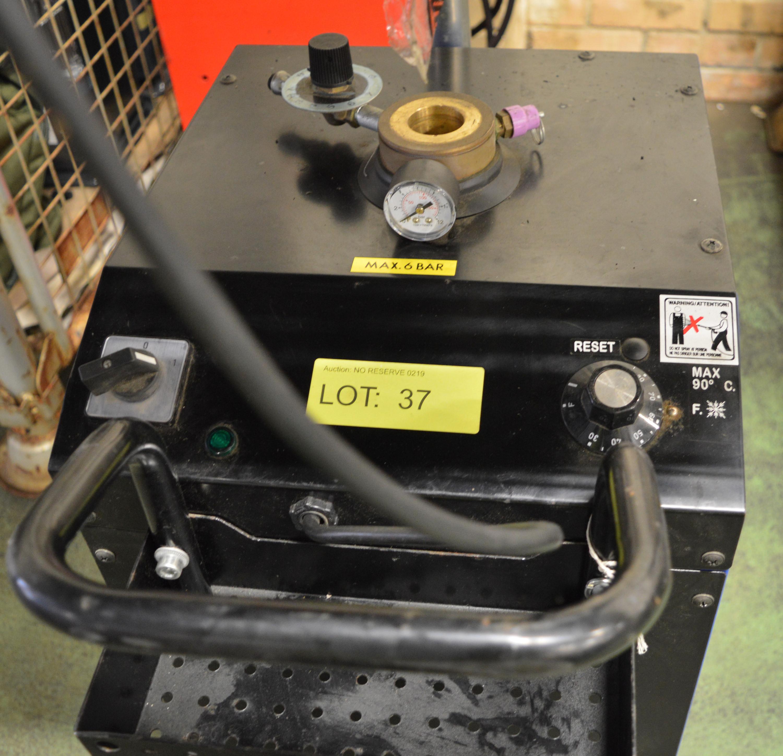 Lot 37 - Nilfisk B9 Standard Brake Part Washer.