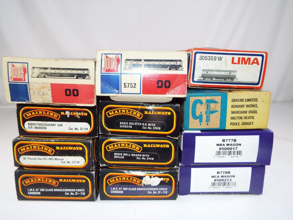 Lot 43 - Model Railways - thirteen items of OO gauge rolling stock in original boxes from Main Line, Grafar,