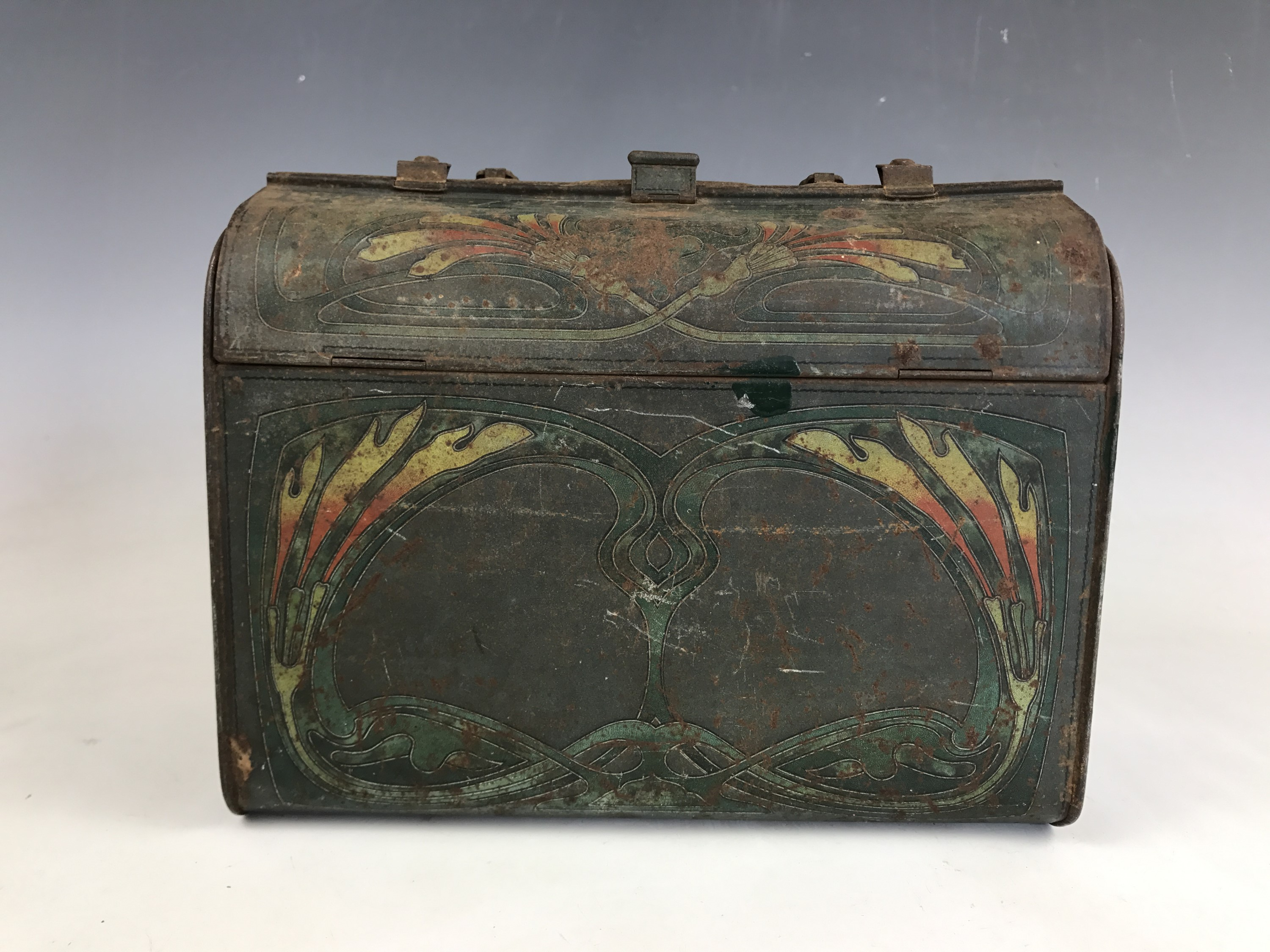 Lot 45 - A Huntley and Palmers novelty biscuit tin, modelled in the form of a gladstone bag, 21 x 10 x 17