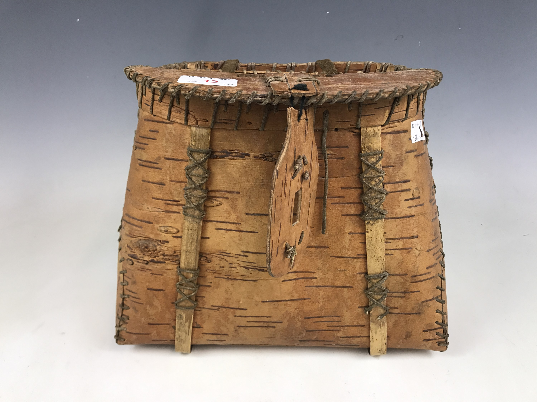 Lot 12 - A birch bark creel