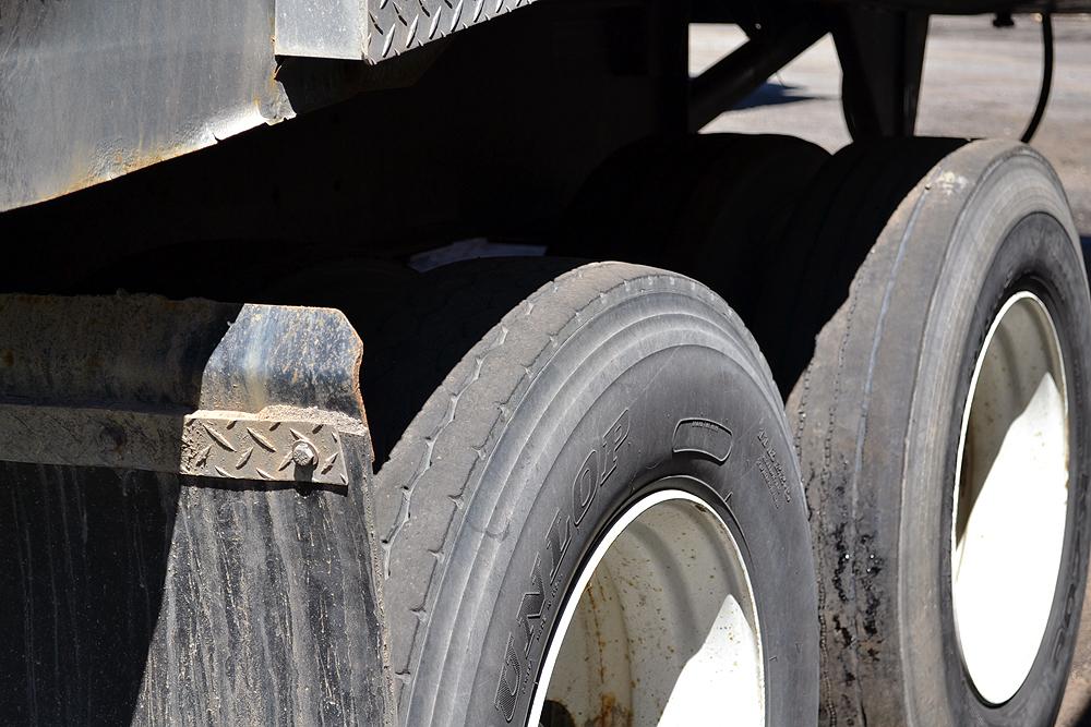 Lot 19 - 2017 Cross Country 22'-0 Tandem Axle Steel Quarter Frame, End Dump Trailer