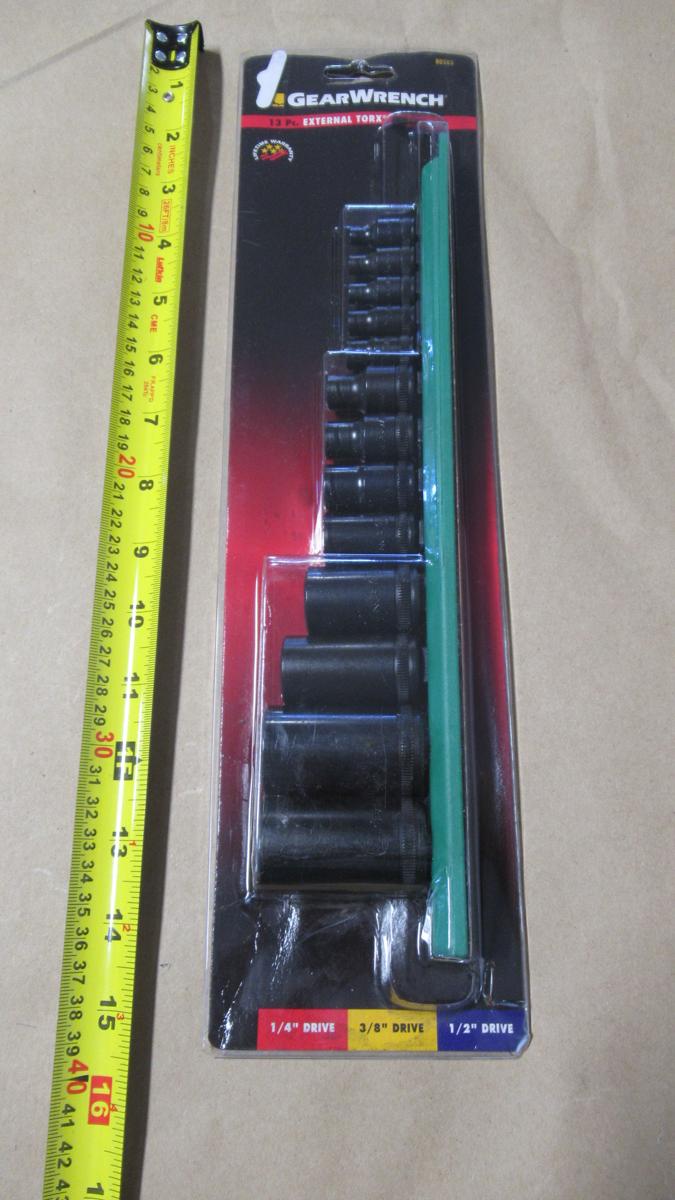 "Lot 170 - 13 PC 1/4"",3/8"",1/2""dr. E4-E24 EXTERNAL TORX SOCKET SET GW 80583"