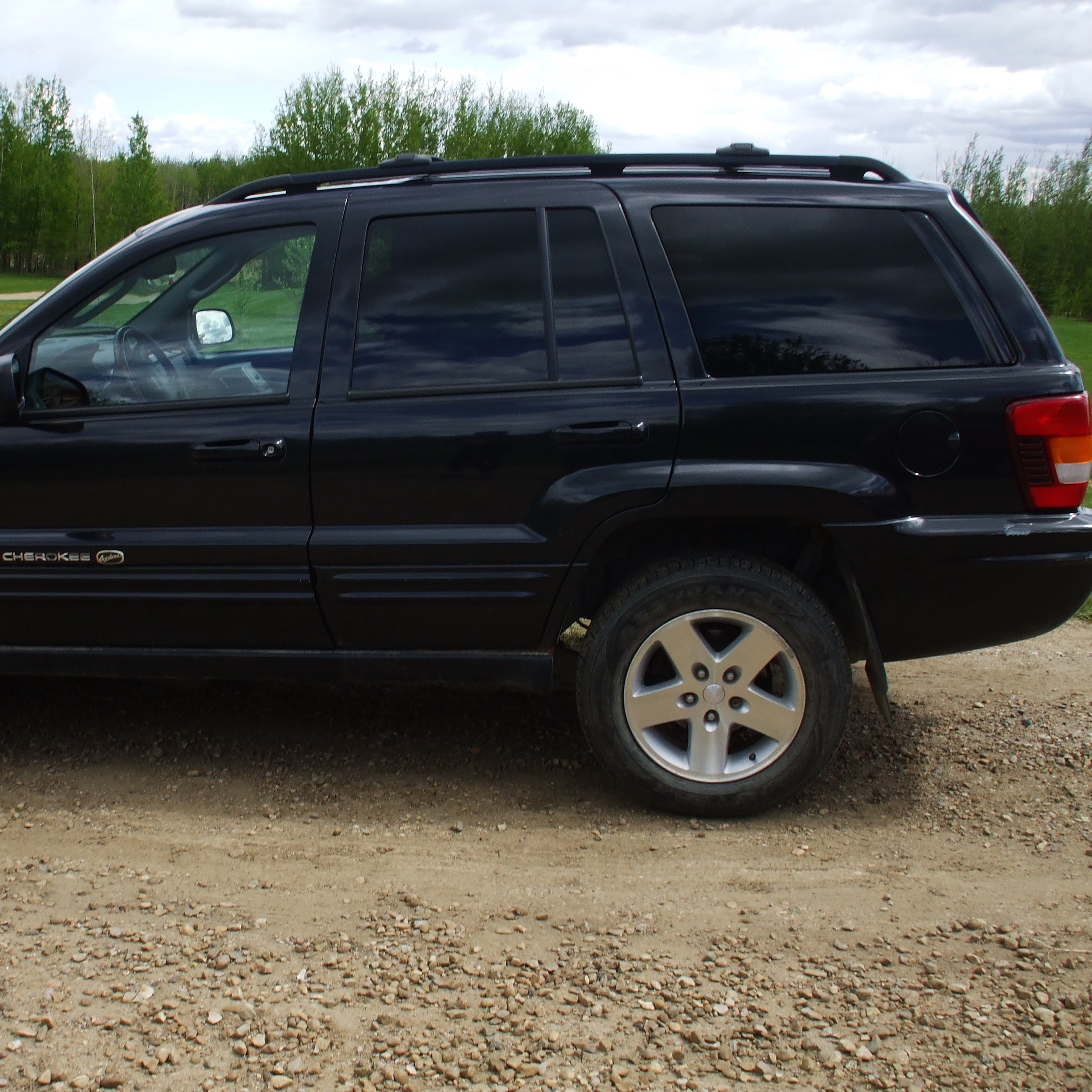 2002 Jeep, SUV ,black, 224,000 km sn: 1J8GW68J73C528479 - Image 3 of 6