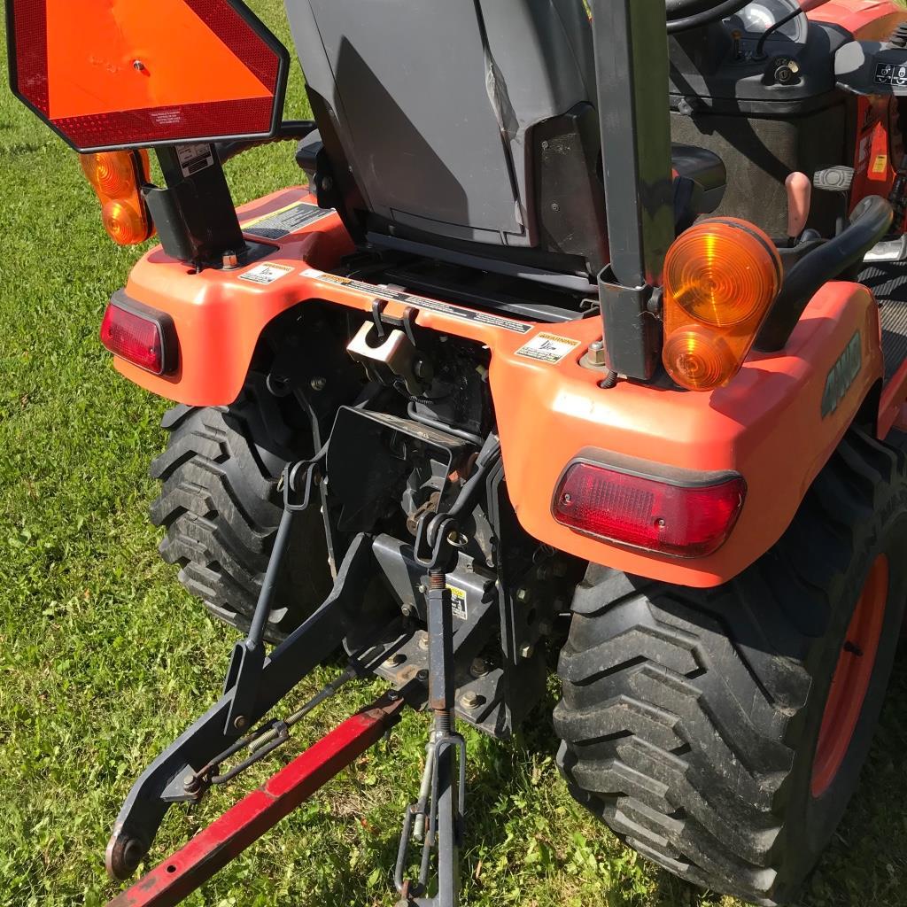 Kubota tractor BX2662, 4wd, Roll bar, LA 243 Loader, sn:51133 NO MOWER - Image 4 of 4