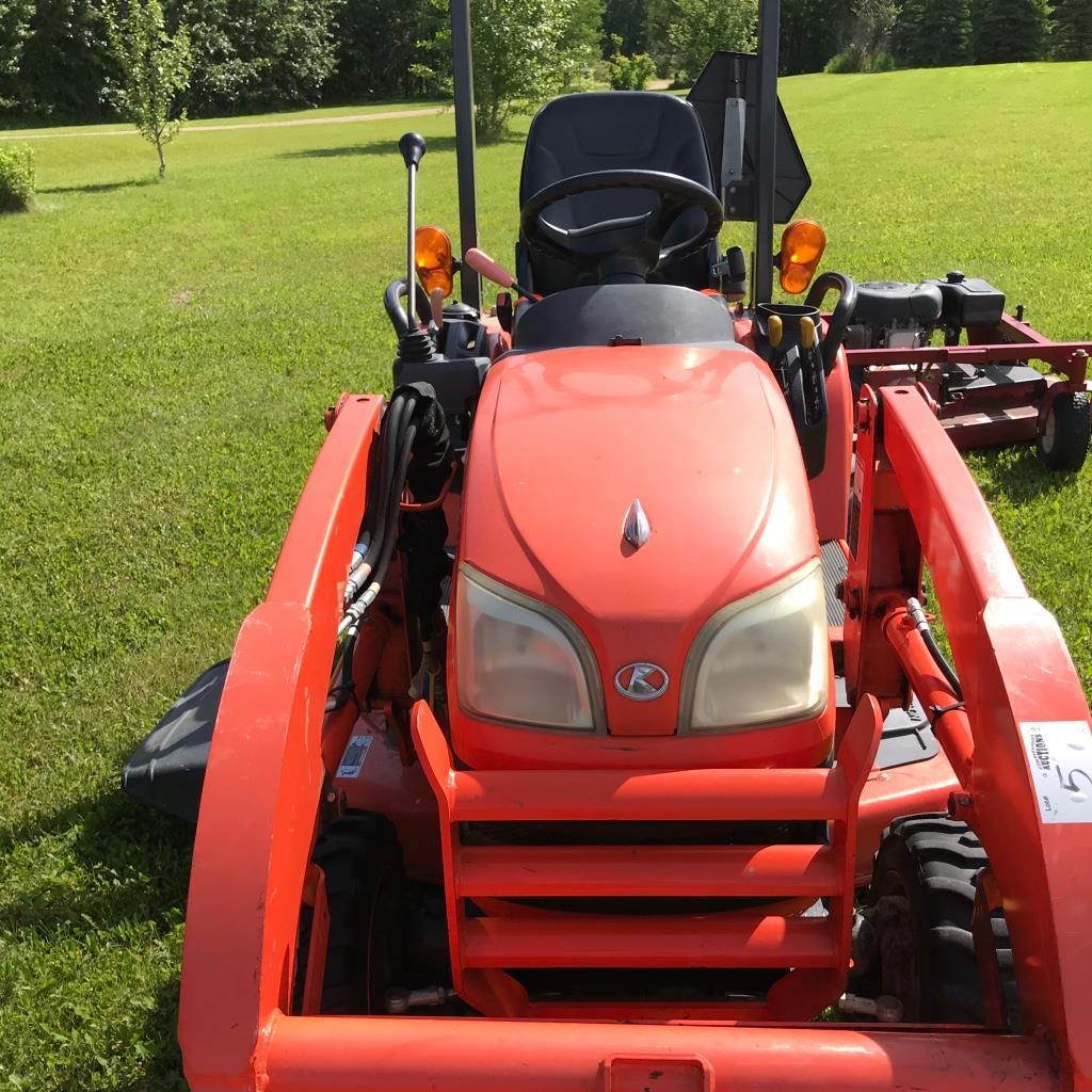 Kubota tractor BX2662, 4wd, Roll bar, LA 243 Loader, sn:51133 NO MOWER - Image 3 of 4