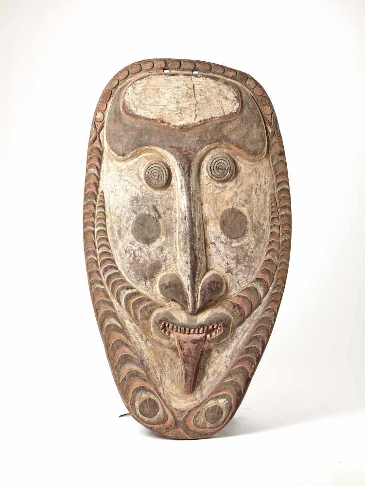 A GIGANTIC WOODEN MASK, PAPUA NEW GUINEA, 20TH CENTURYWoodPapua New Guinea, 20th centuryThis mask