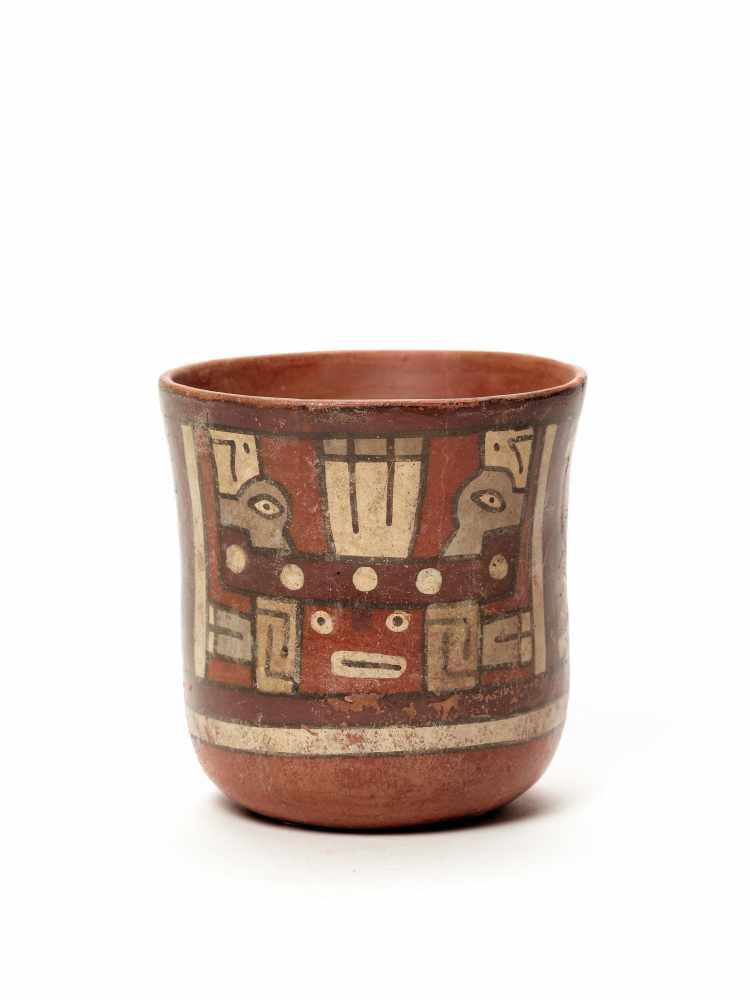 THREE CUPS AND A VESSEL- HUARI/ WARI CULTURE STYLE Painted clayHuari/ Wari culture style, Peru, - Image 5 of 13