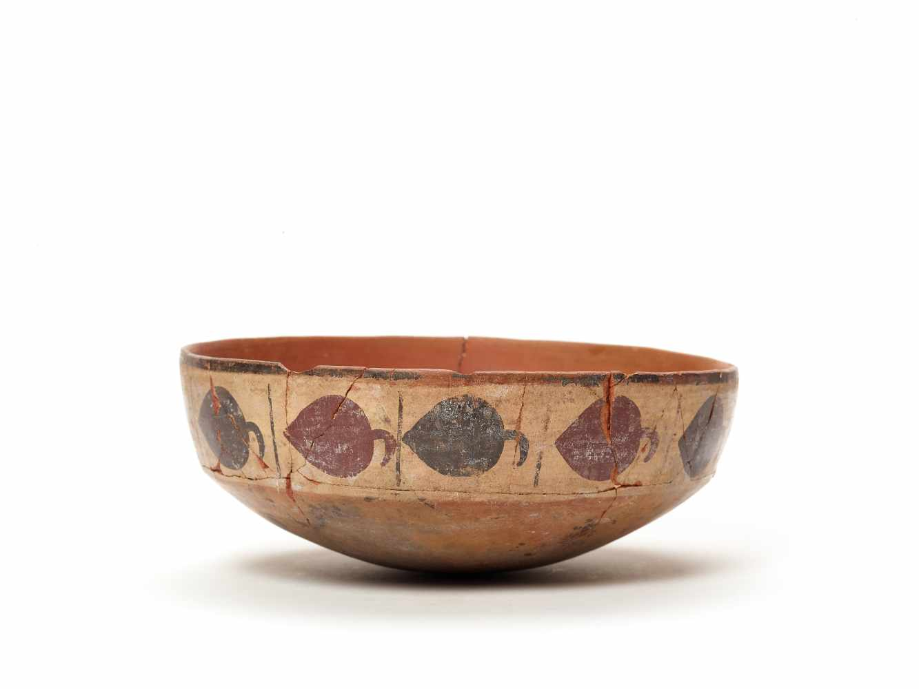 BOWL WITH BAND DECORATION - NAZCA, PERU, C. 300-600 ADPainted clayNazca, Peru, c. 300-600 ADArched - Image 2 of 5