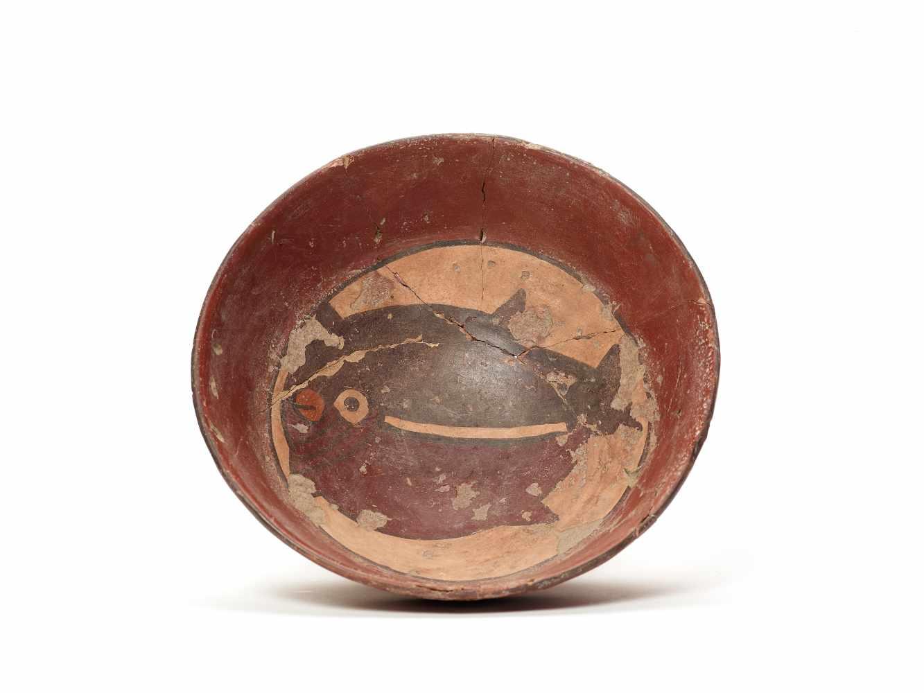 BOWL WITH BLOWFISH - NAZCA, PERU, C. 300-600 ADPainted clayNazca, Peru, c. 300-600 ADArched