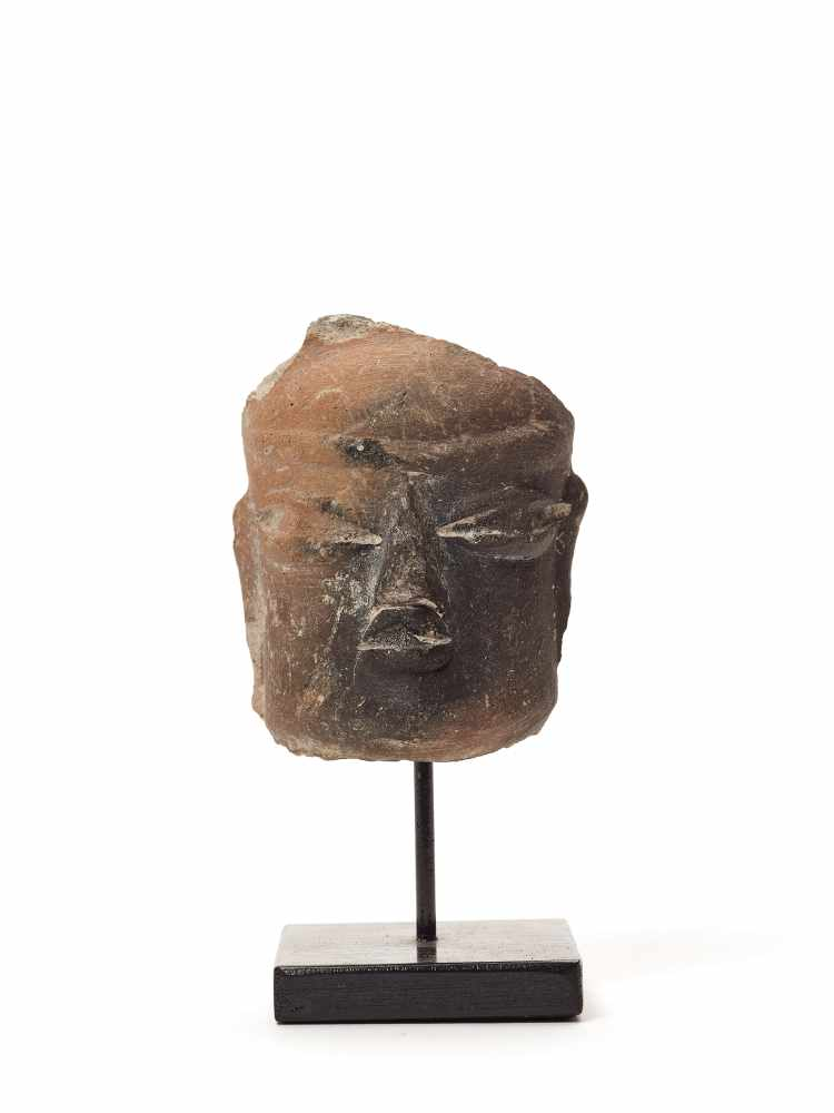 TL-TESTED HEAD - OLMEC CIVILIZATION, MEXICO, C. 7TH CENTURY BCFired clayOlmec civilization,