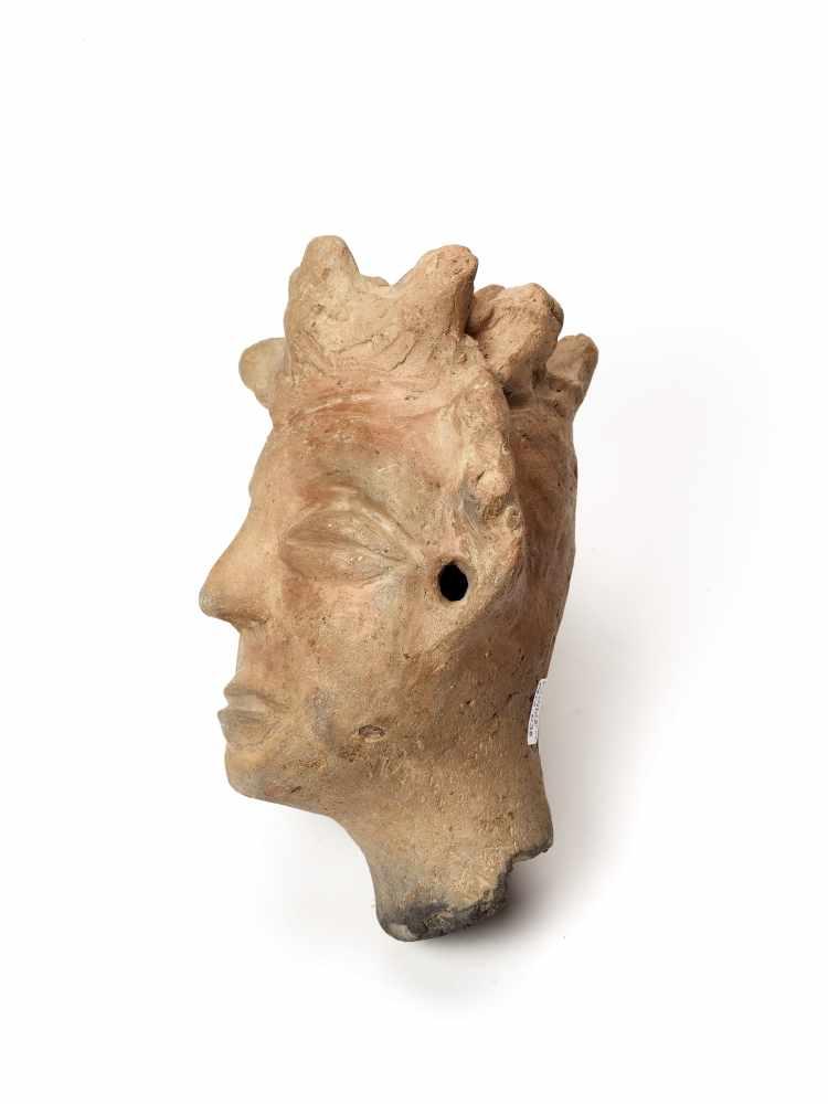 MEMORIAL HEAD – ASHANTI/ AKAN, GHANA, 18th – 19th CENTURYTerracottaAshanti/ Akan, Ghana, 18th – 19th - Image 5 of 5
