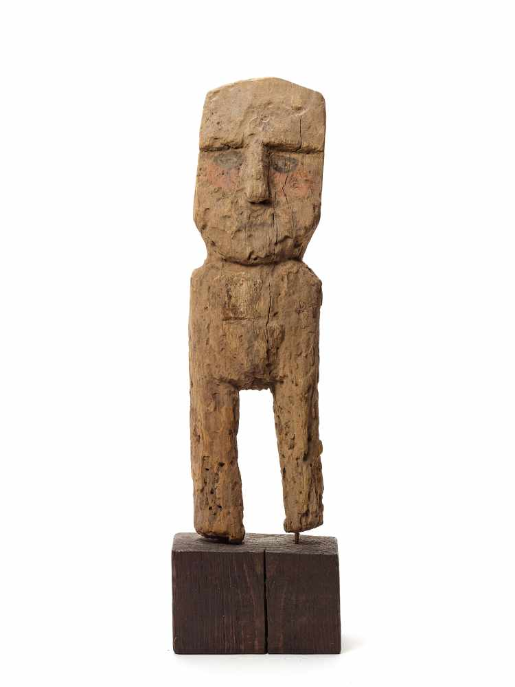 WOODEN FEMALE FIGURE - CHANCAY, PERU, C. 1000-1200 ADCarved and painted woodChancay, Peru, c. 1000-