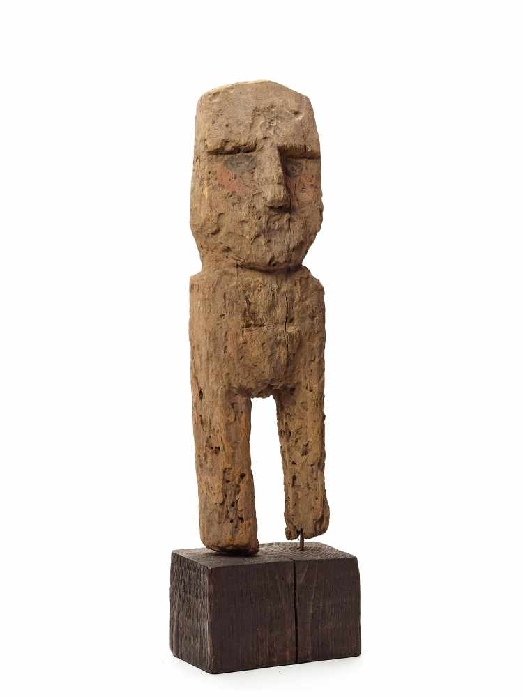 WOODEN FEMALE FIGURE - CHANCAY, PERU, C. 1000-1200 ADCarved and painted woodChancay, Peru, c. 1000- - Image 5 of 5