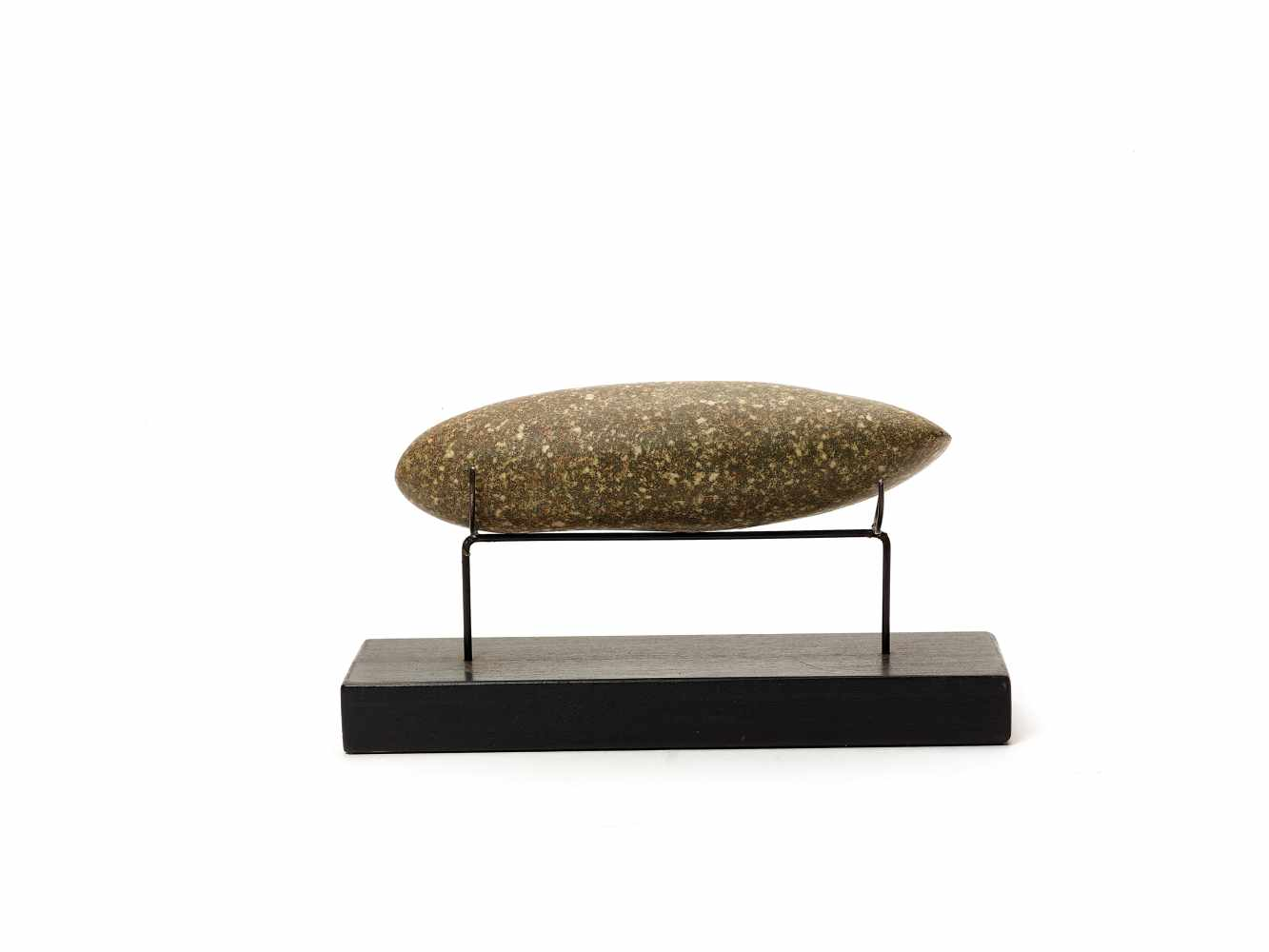 A NEOLITHIC STONE AXE HEAD – MALI Granite stoneMenaka town, Mali, Africa, Neolithic period (4000- - Image 3 of 3