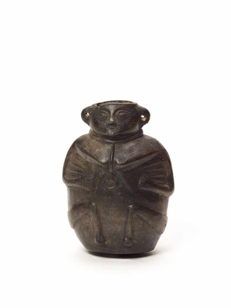 MAN-SHAPED VESSEL - VICÚS CULTURE, PERU, C. 100 BC-600 ADBlack fired clayVicús culture, Peru, c. 100