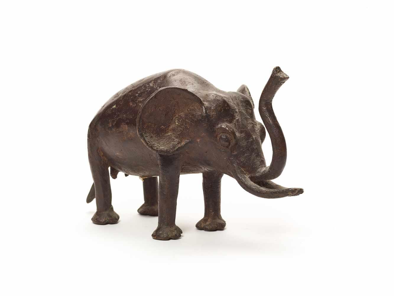 BRONZE ELEPHANT – BOBO PEOPLEBronzeBobo-Dioulasso, Burkina Faso, West Africa; 20th century This - Image 4 of 4