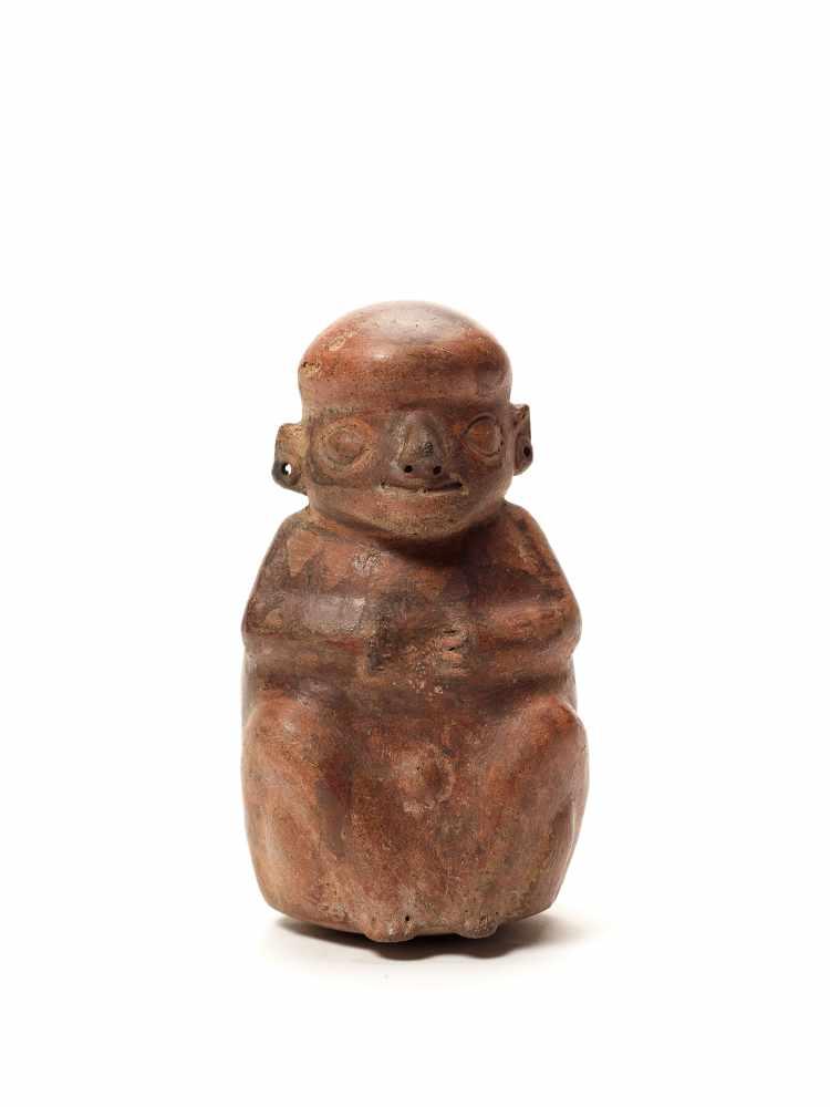 FIGURAL STIRRUP VESSEL - VICUS CULTURE, PERU, C. 1st CENTURY ADFired clayVicus culture, Peru, c. 1st - Image 4 of 4