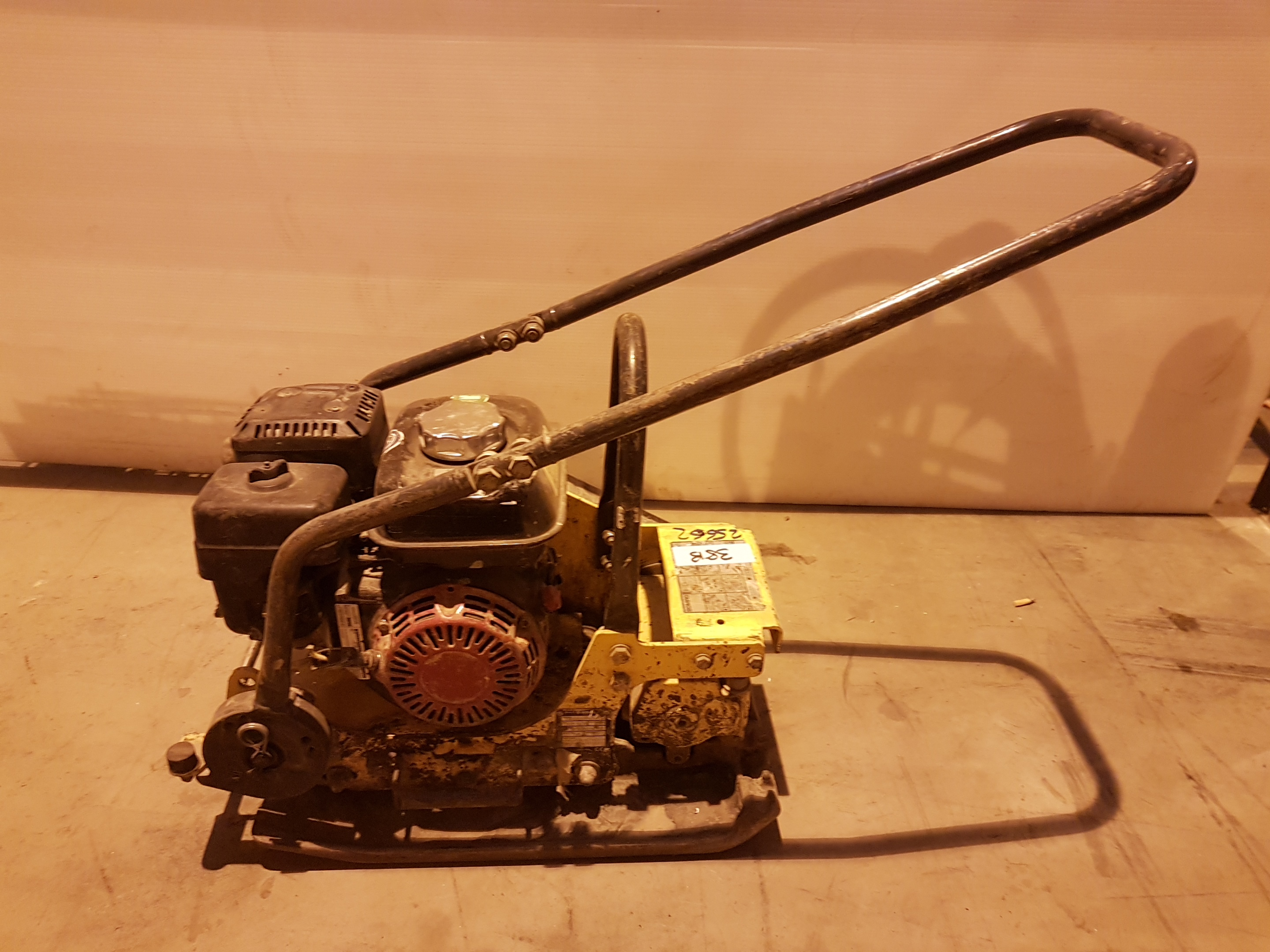 Lot 38 - Bomag BVP 10/36 Honda Engined 360mm petrol Compaction Plate 25662, working