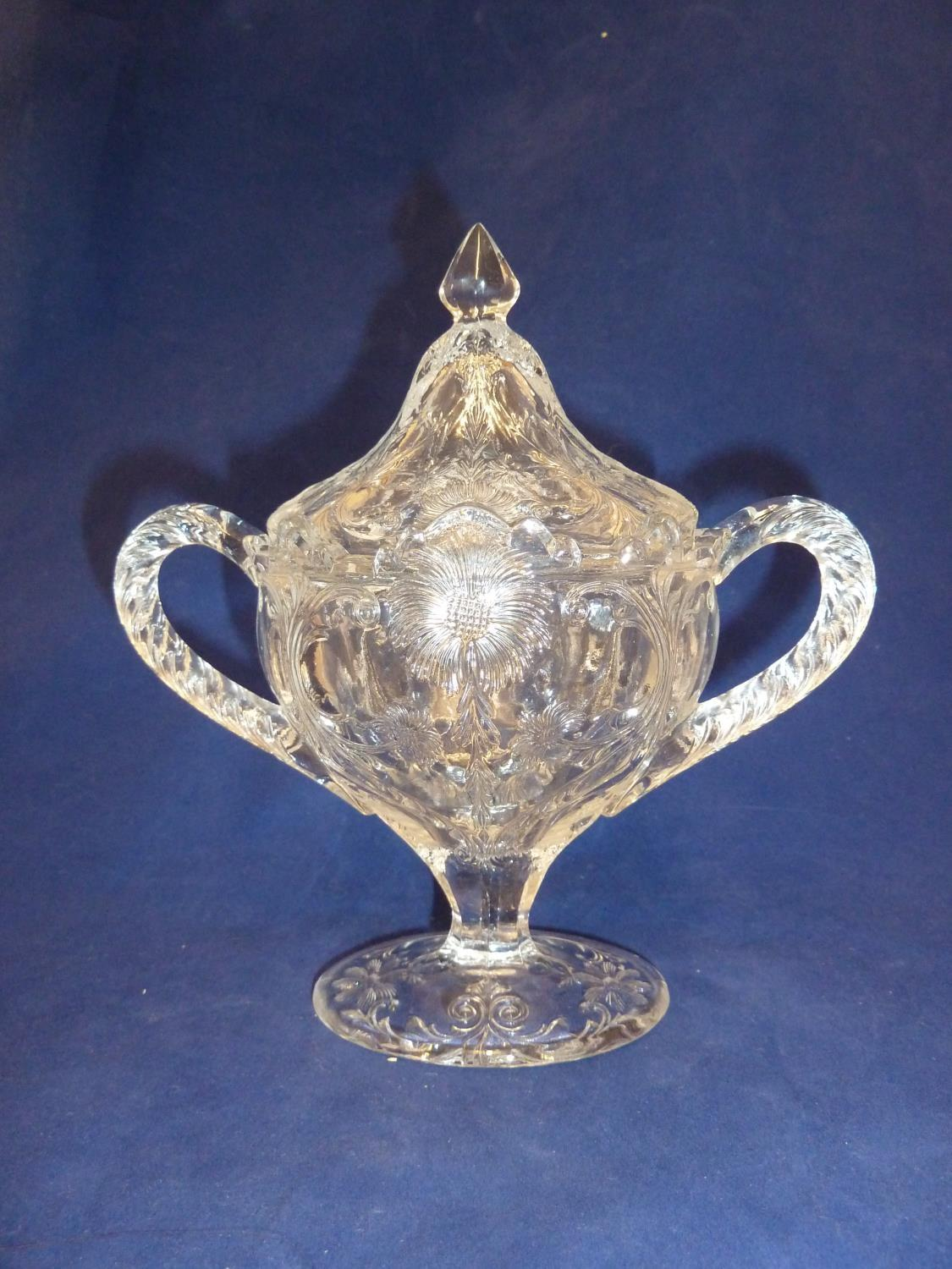 French Glass - a moulded colorless glass sugar box and cover, in the Rock Crystal style, the two - Image 5 of 9