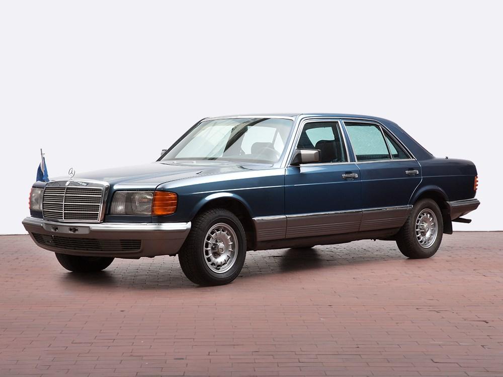 mercedes benz 280 se model 1984 former state coach. Black Bedroom Furniture Sets. Home Design Ideas