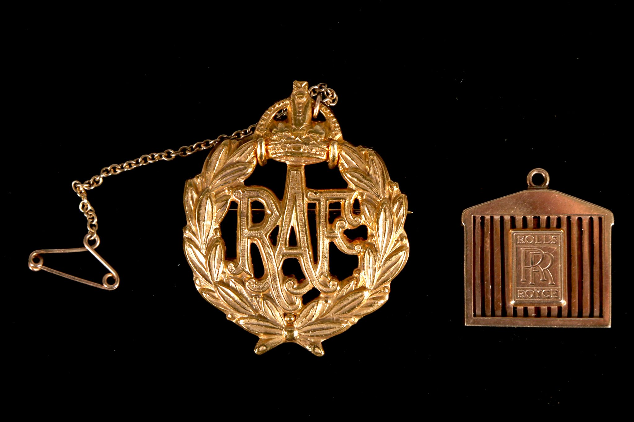 A 9ct gold rolls royce novelty pendant together with royal air lot 319 a 9ct gold rolls royce novelty pendant together with royal air force aloadofball Choice Image