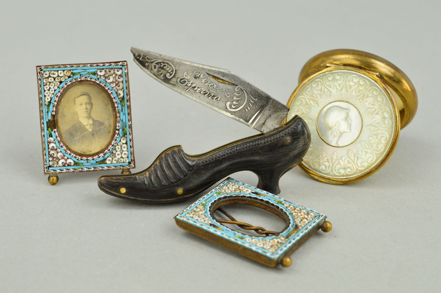 Lot 10 - FOUR NOVELTY ITEMS to include a pair of small micro mosaic frames, a circular mother of pearl