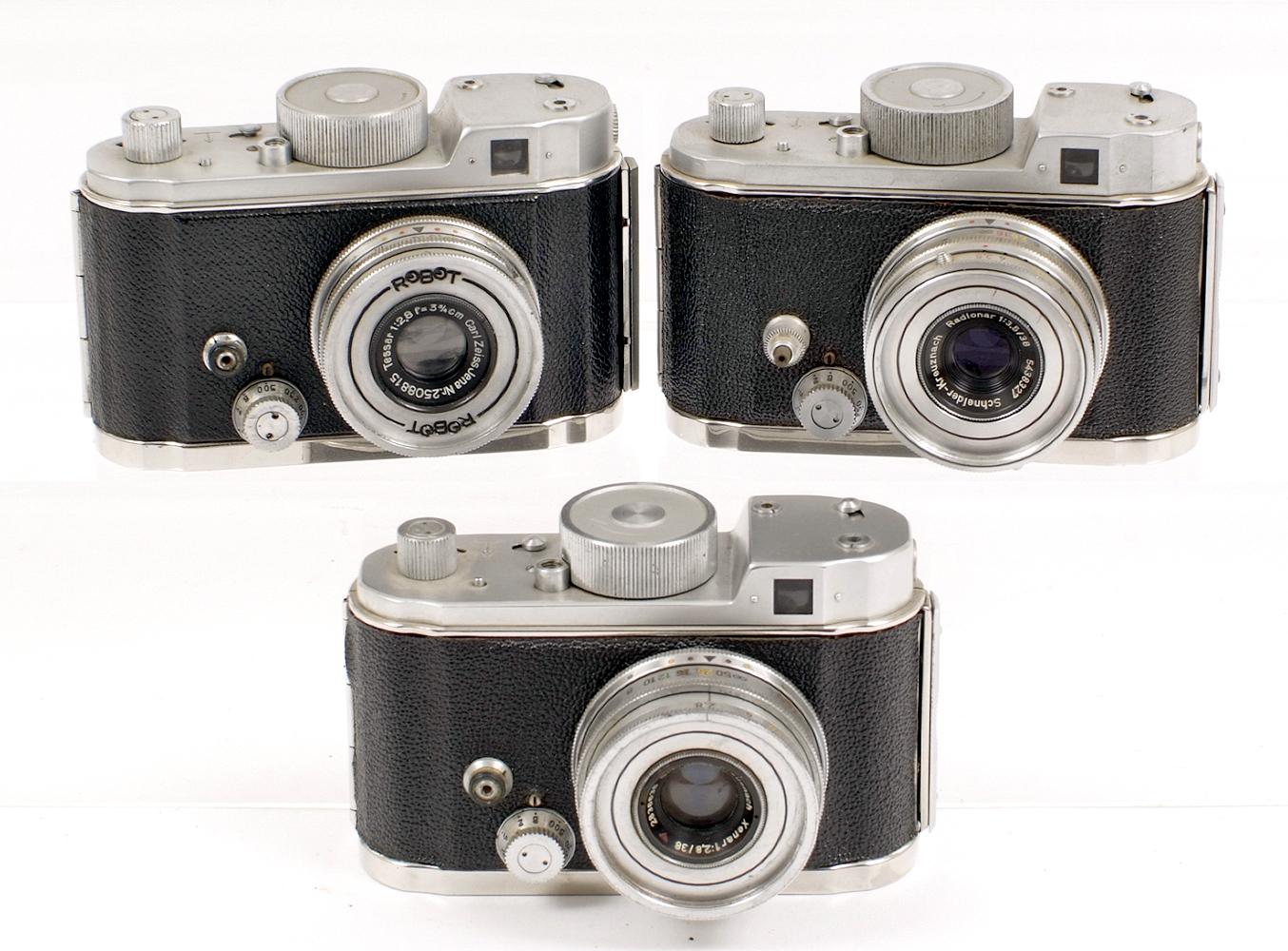 Lot 21 - Three Robot II Clockwork Drive Cameras. #B95736 (working) with Radionar 38mm f3.