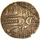 Wonersh. Hairlocks Type. Sills British Ma, dies 6/4.c.50-40 BC. Celtic gold stater. 17mm. 5.30g.