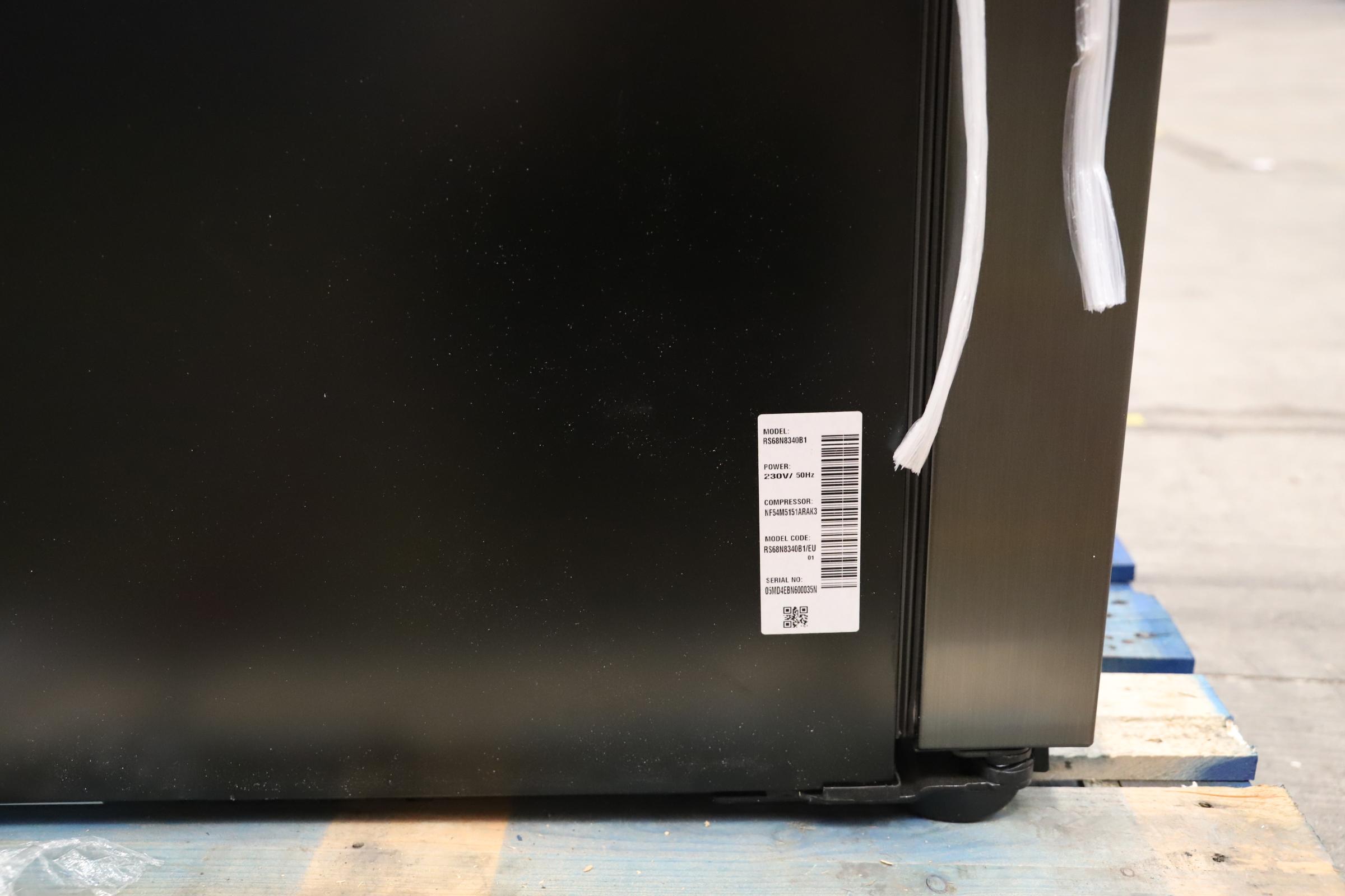 Pallet of 1 Samsung Water & Ice Fridge freezer. Latest selling price £1,799.99 - Image 10 of 10