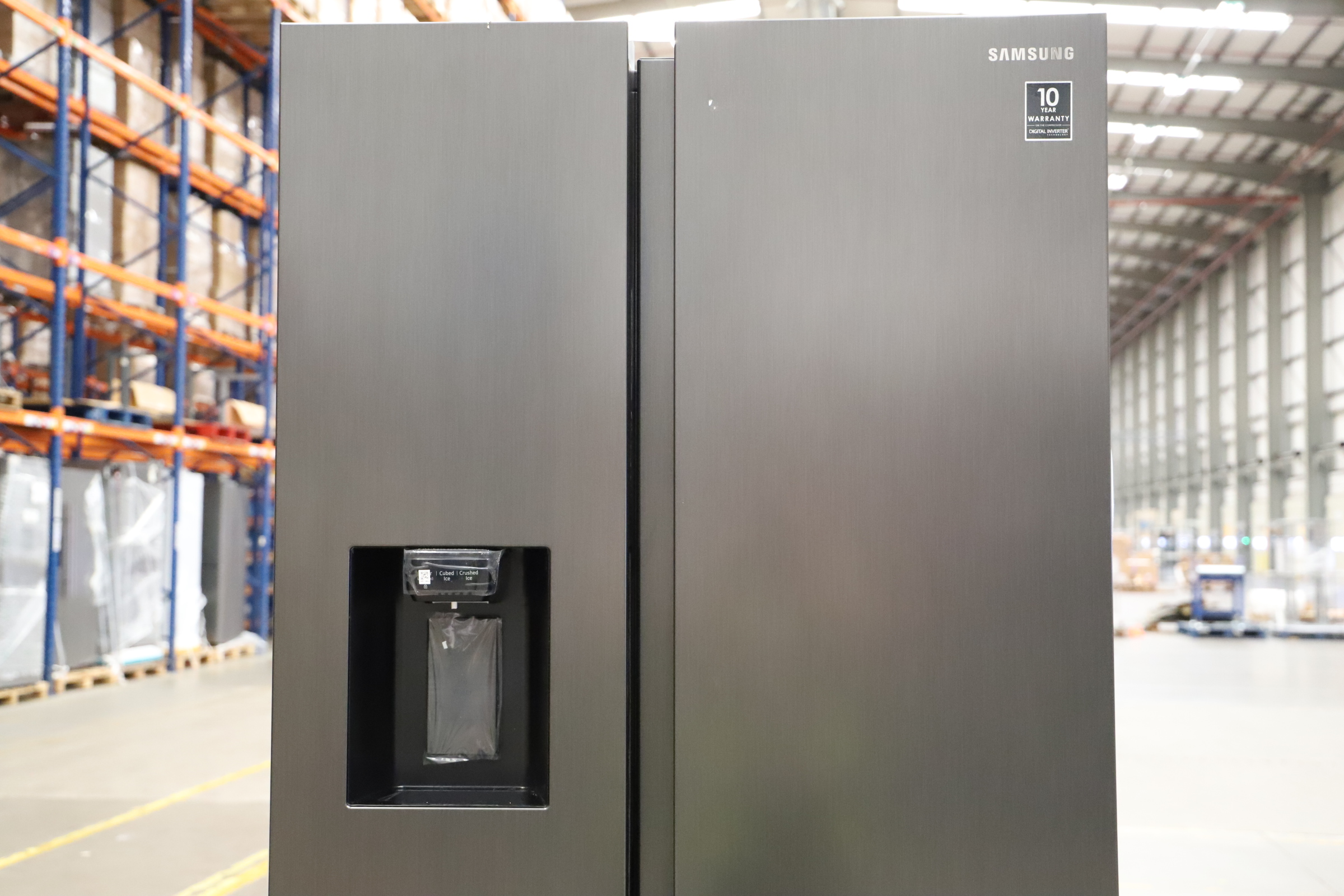 Pallet of 1 Samsung Water & Ice Fridge freezer. Latest selling price £1,799.99 - Image 5 of 10