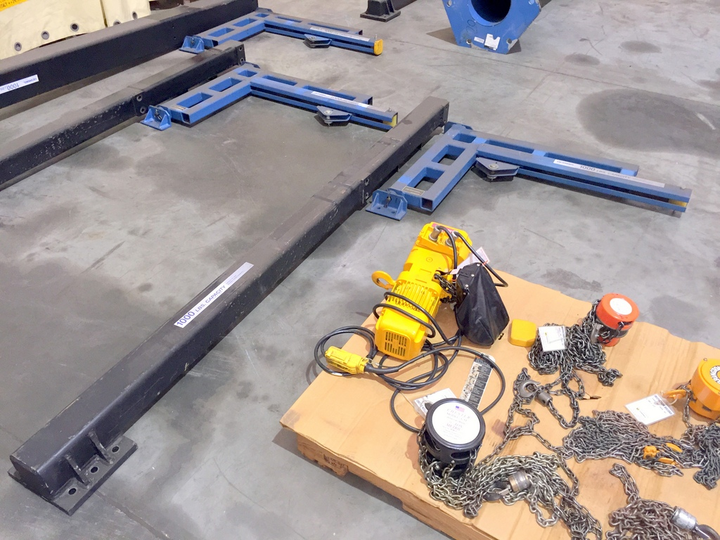 Jib Crane Mounting Brackets : Gorbel lb jib crane with hoist including a