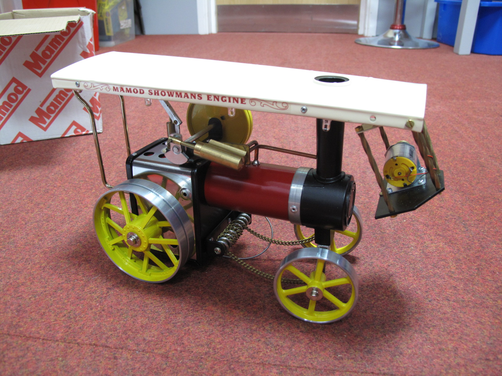 Lot 25 - A Boxed Mamod #1380 Live Steam Showman's Engine, red/black body work, burner, scuttle steering rod