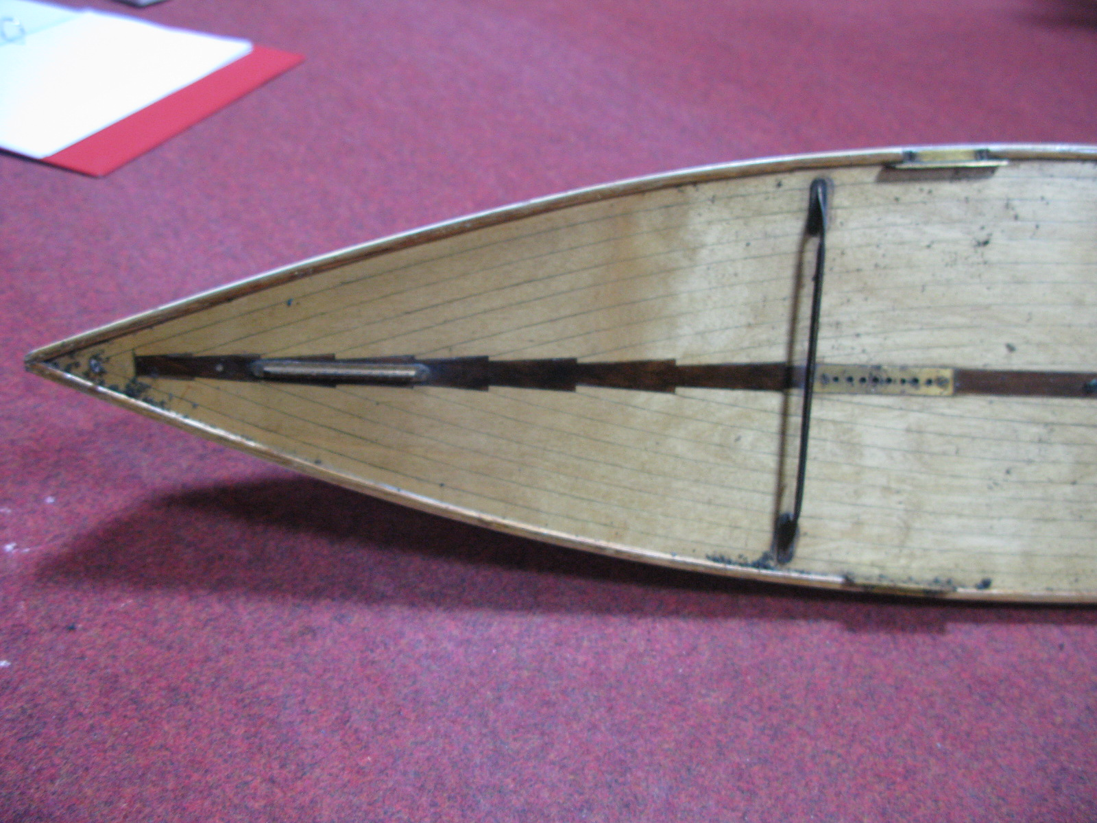Lot 37 - A Mid XX Century 36R Class 890 Pond Yacht, the yacht meets model association rules, complete with