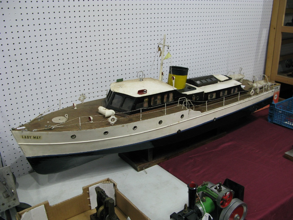Lot 12 - A Steam Powered Scratch Built Pond Launch In The Form Of A Cabin Cruiser, under the name 'Lady
