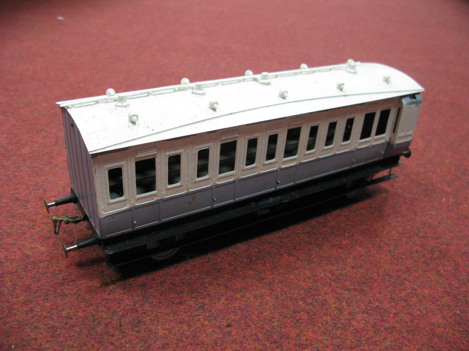 "Lot 40 - Five Kit Built ""Gauge 1"" White Metal/Brass Rolling Four Wheel and Six Wheel Stock Passenger"