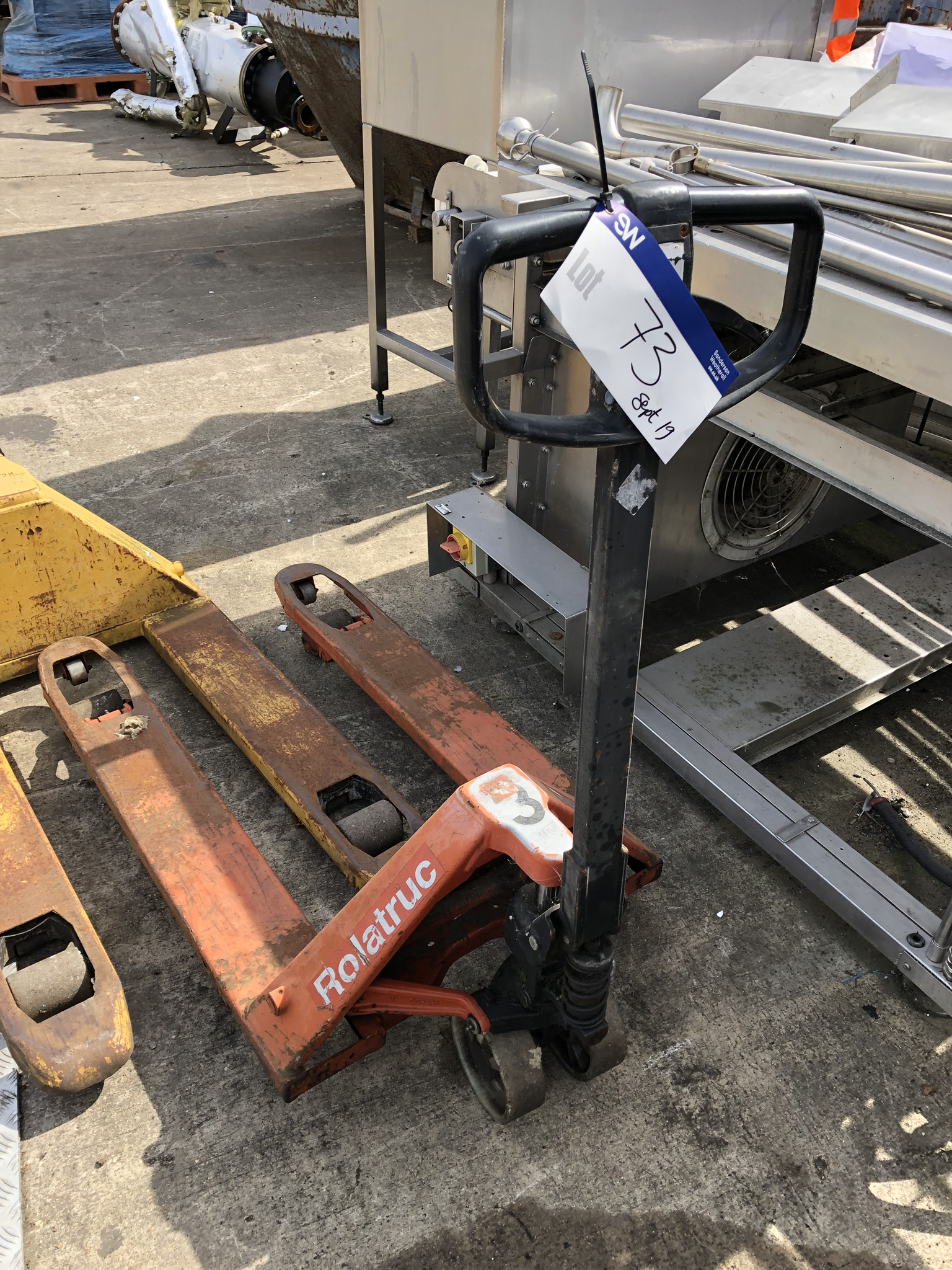 Lot 73 - Rolatruc Hand Hydraulic Pallet Truck, lift out charge - £10