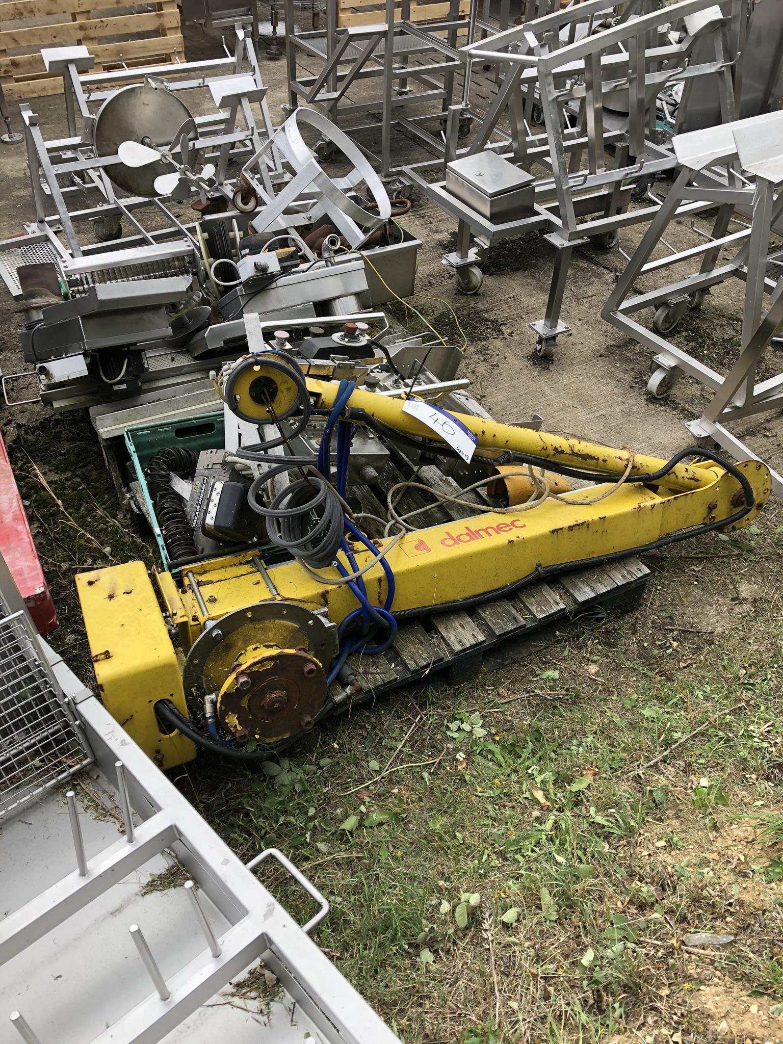 Dalmec Hydraulic Arm, lift out charge - £20