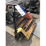 Hand Hydraulic Pallet Truck, lift out charge - £10