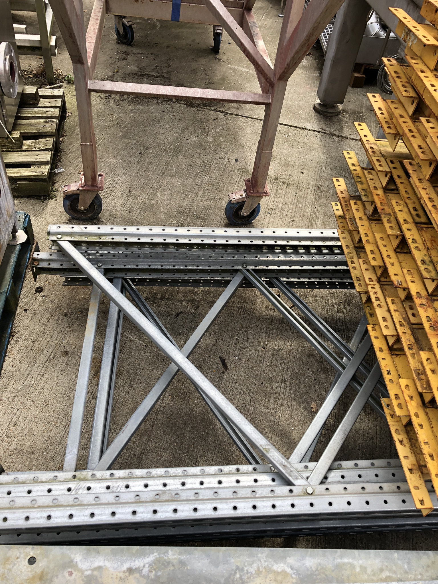 Assorted Boltless Pallet Racking, as set out, lift out charge - £100 - Image 2 of 5