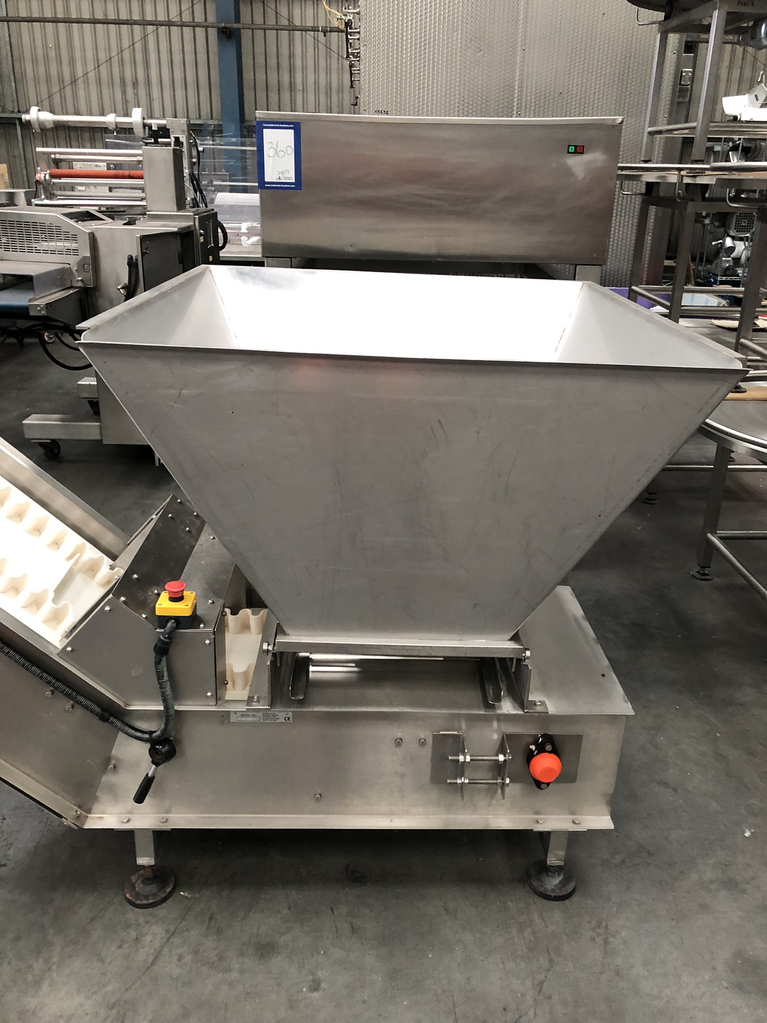 Hayssen Ultima 40E FORM, FILL AND SEAL BAGGING LINE, with four filling tubes, 50mm, 90mm, 130mm, and - Image 11 of 16