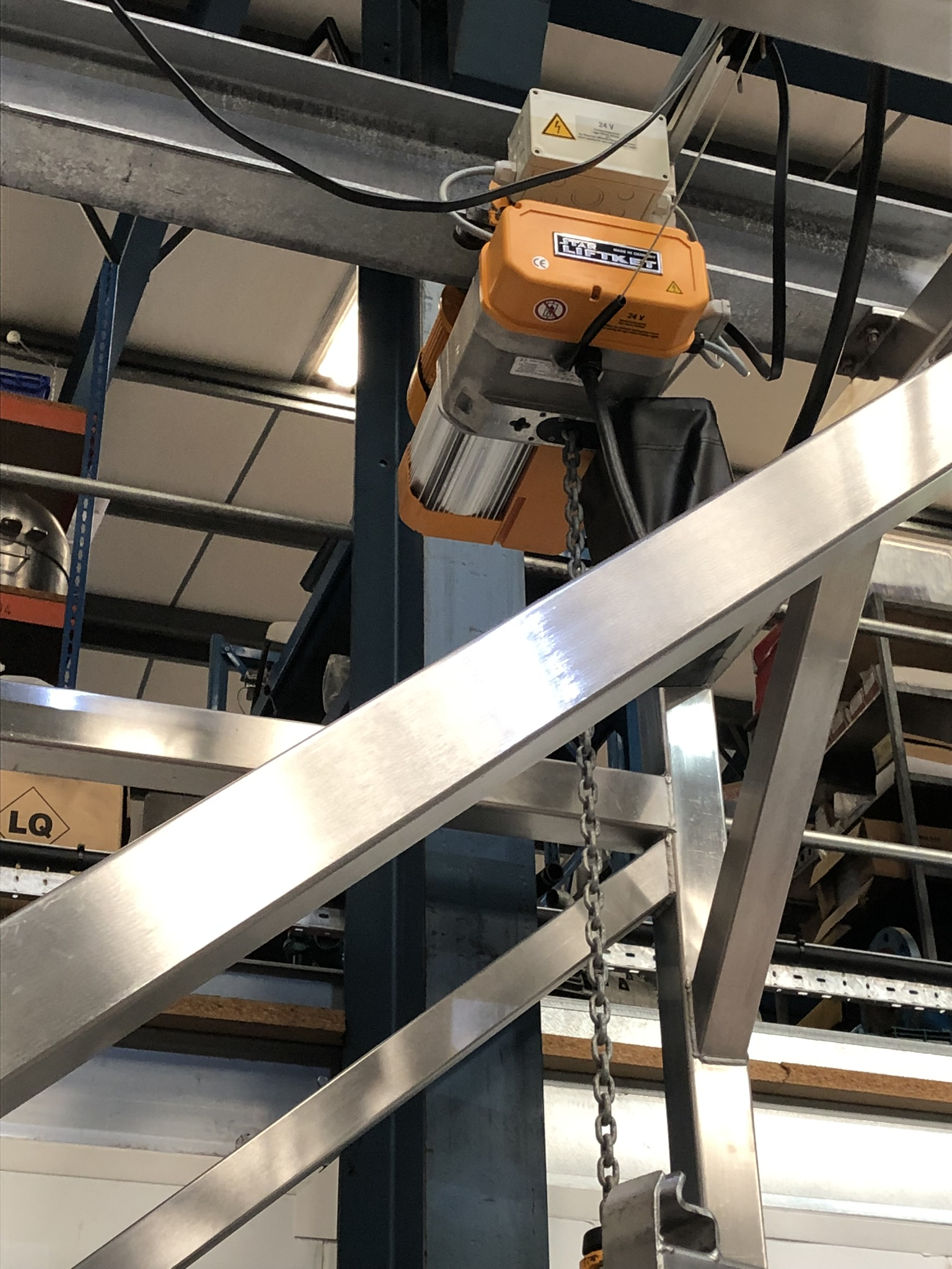 Guttridge 1000KG BULK BAG UNLOADING SYSTEM, with Star Liftket electric chain hoist, lift out - Image 7 of 8