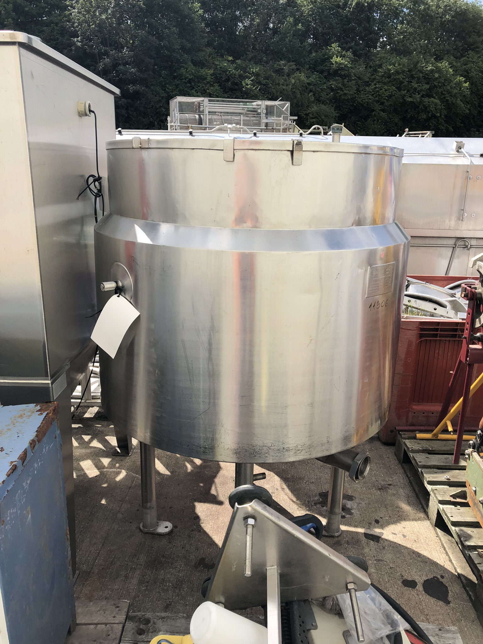 Fairfield Hytec 400L Jacketed Tank, machine no. 34.10045.2.J3580, year of manufacture 1996, 1m