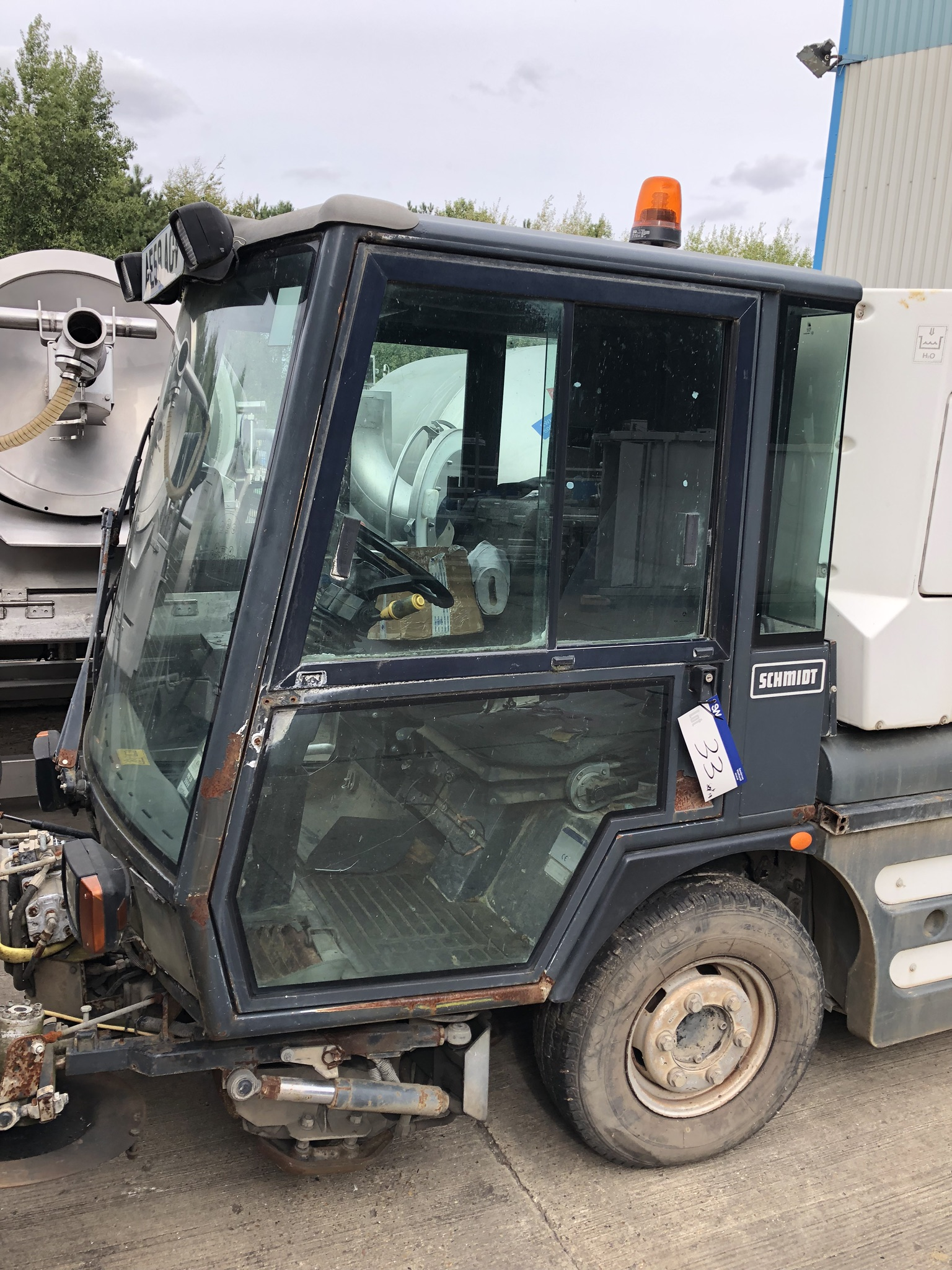 Schmidt Swingo 200 Road Sweeper, registration no. AE59 AOV (understood to require attention - non- - Image 3 of 3