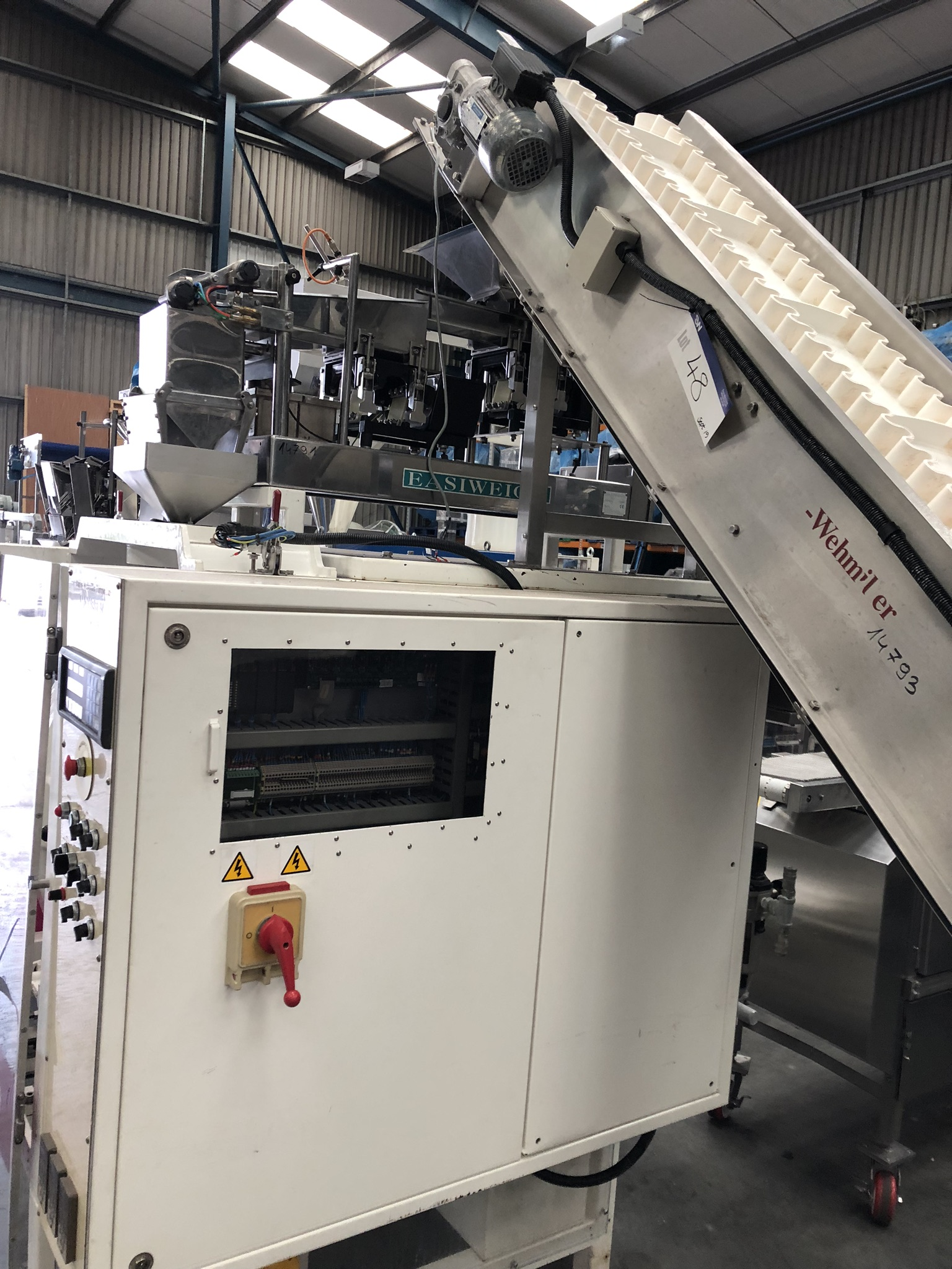 Hayssen Ultima 40E FORM, FILL AND SEAL BAGGING LINE, with four filling tubes, 50mm, 90mm, 130mm, and - Image 9 of 16