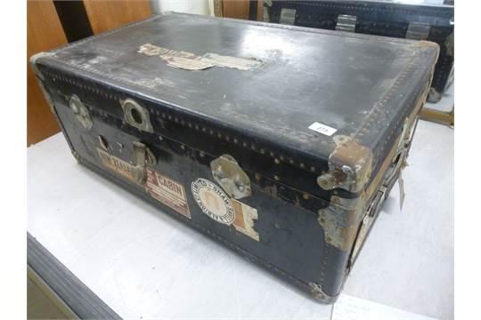 victor wardrobe luggage 3